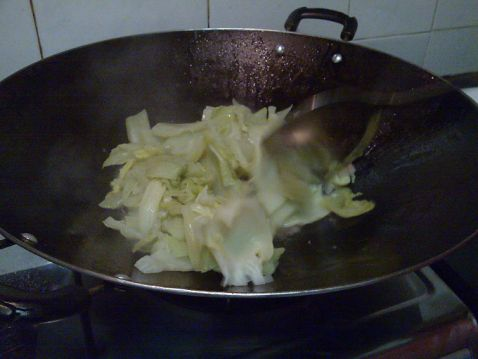 香菇猪油炒芥菜的简单做法
