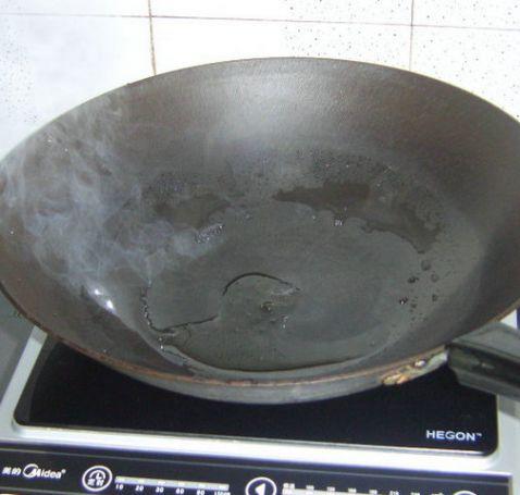 大蒜叶炒猪肝的简单做法