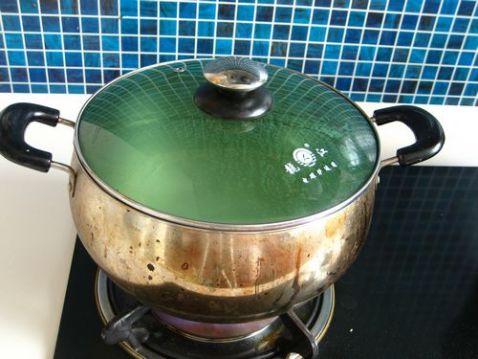 腊肠油条香米粥怎么吃