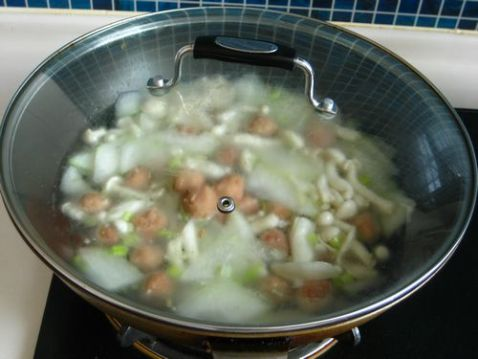 牛丸冬瓜鲜菇汤怎么炒