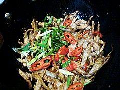 香炒小鱼干怎么煮