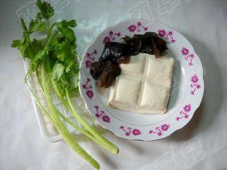 小炒芹菜豆腐的做法大全