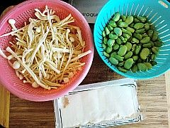 蚕豆金针豆腐汤的做法大全