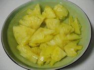 菠萝咕噜排骨的简单做法