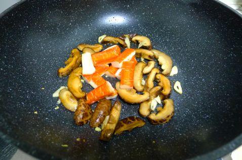 香菇蟹柳西兰花怎么吃