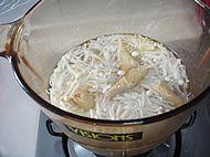 金针菇韩国鱼卷汤怎么煸