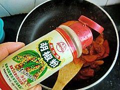 韩式泡菜拉面炒年糕怎么煸