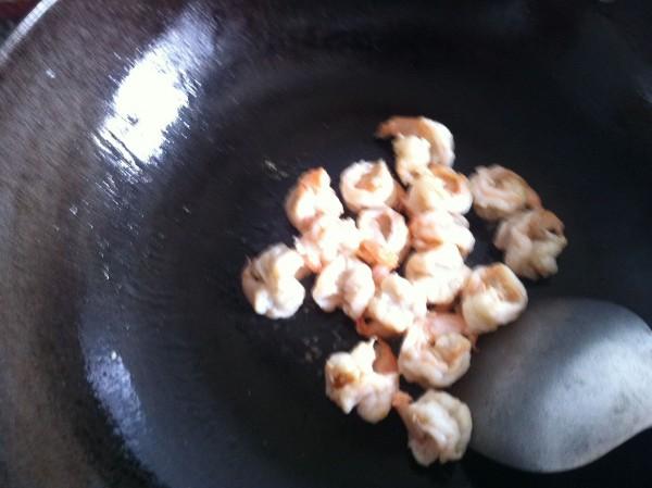 火龙果虾球的家常做法