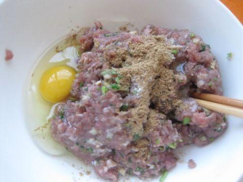 木耳豆干牛肉饺子的简单做法