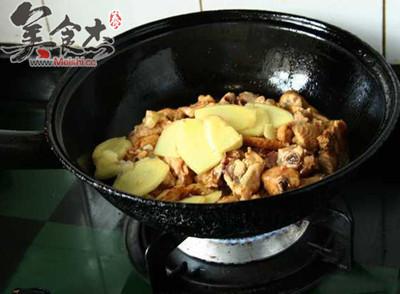 新疆大盘鸡的简单做法