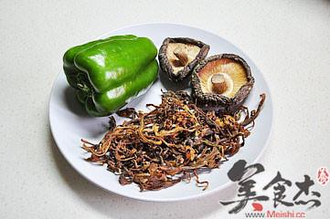 笋干香菇炒青椒的做法大全