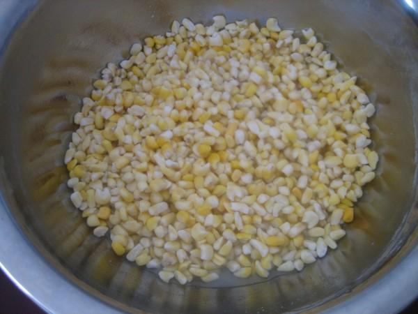 豆饭玉米碴子粥的家常做法