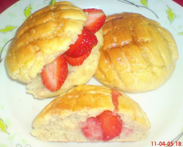 草莓菠萝包的制作大全
