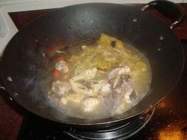 咸菜蚌鱼的简单做法