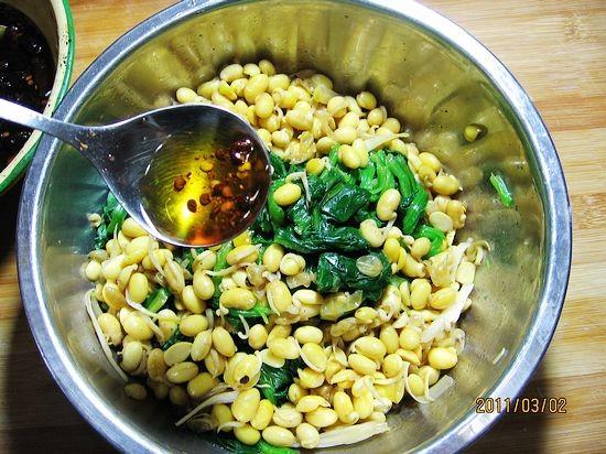 黄豆芽菠菜塔的家常做法