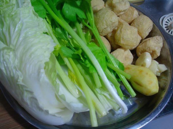 大白菜焖油豆腐的做法大全