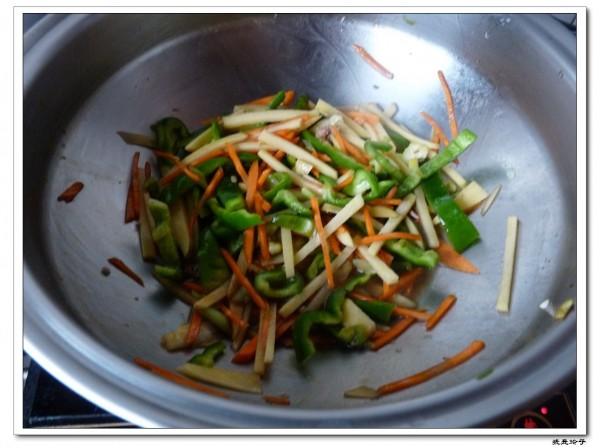 杂炒三蔬的简单做法