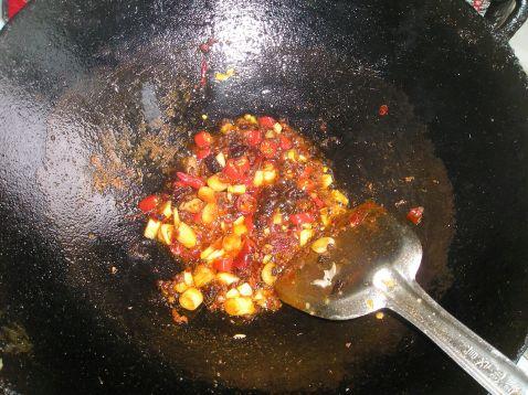 红烧肉焖蒸萝卜干怎么做