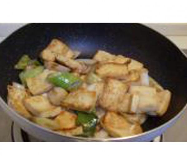大葱快炒豆腐的简单做法