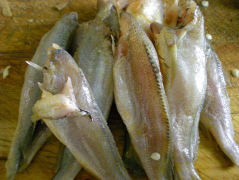 炖小黄花鱼的做法大全