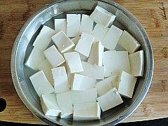 鸭血烧豆腐的家常做法
