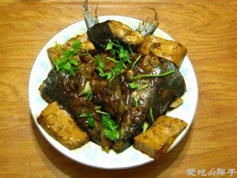 鲅鱼头焖豆腐怎么炒