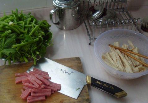 腐竹火腿青菜汤的做法大全