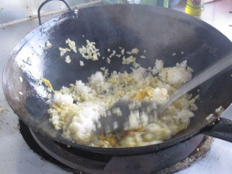 菜籽油蛋炒饭的简单做法