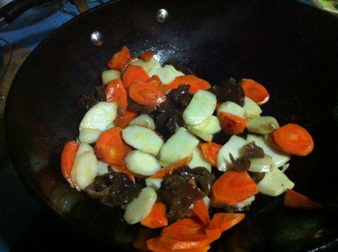 胡萝卜炒山药怎么做