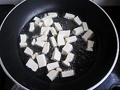 酱烧豆腐土豆丁的家常做法
