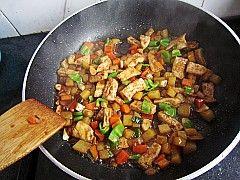 酱烧豆腐土豆丁的制作方法
