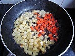 酱烧豆腐土豆丁怎么做
