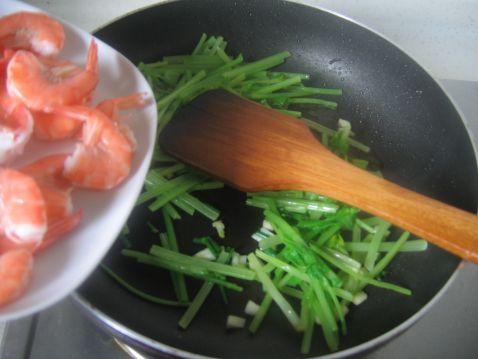 香芹基围虾怎么吃