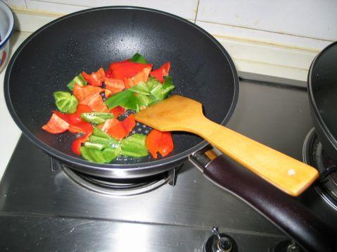 红烧草鱼段怎么吃