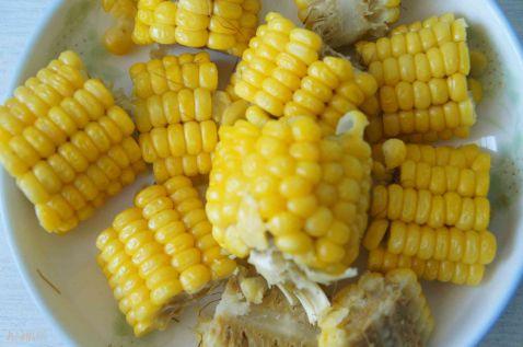 排骨玉米炖豆角的家常做法