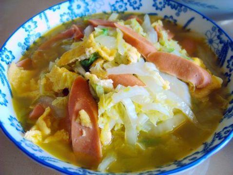 鸡蛋火腿肠炒白菜怎么吃
