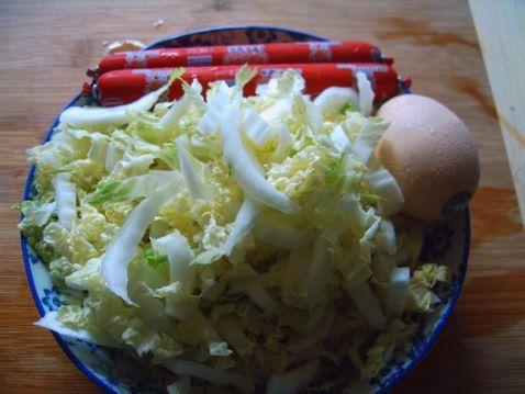 鸡蛋火腿肠炒白菜的做法大全