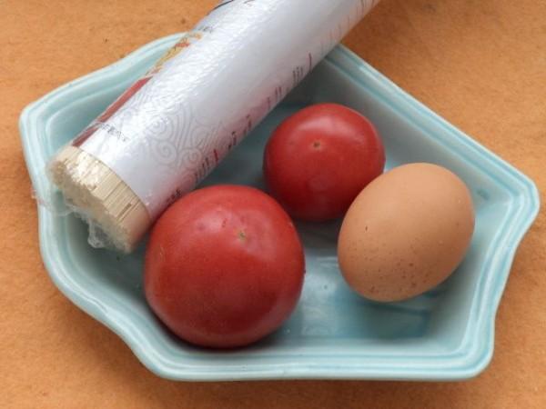 西红柿鸡蛋挂面汤的做法大全