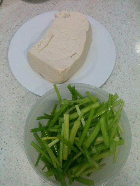 芹菜豆腐的做法大全