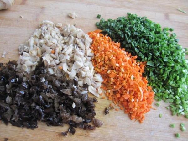 五色素馅饺子的简单做法