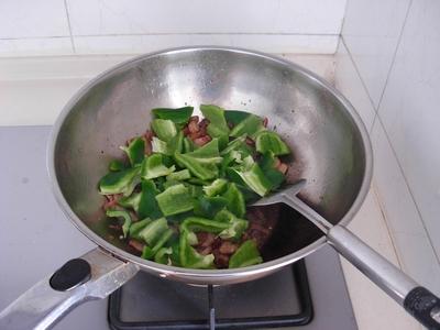甜椒小炒肉怎么煮