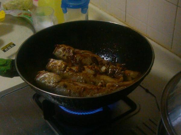 炖黄花鱼怎么炒