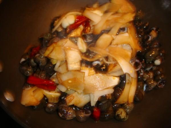 酸笋紫苏炒石螺怎么做