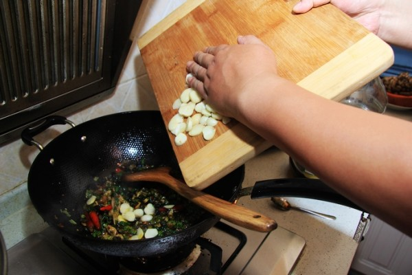 香辣田螺肉怎样做