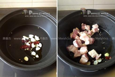 土豆五花肉炖豆角的简单做法