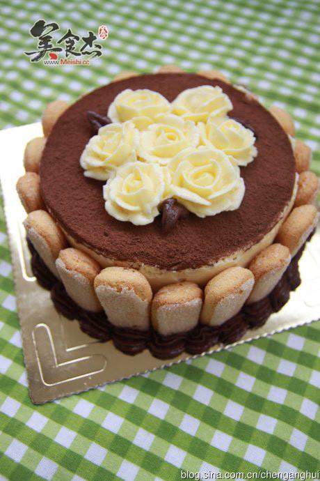 裱花版提拉米苏蛋糕怎么吃
