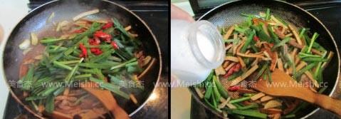 韭菜香干炒肉丝的简单做法