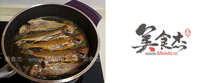 香煎小黄鱼的家常做法