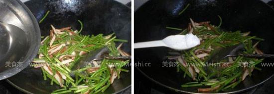 芦蒿苔炒香干的家常做法