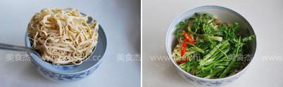 凉拌豆腐皮的家常做法